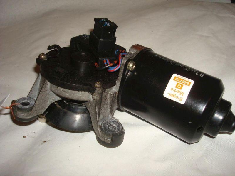Wischermotor vorne DAIHATSU GRAN MOVE CX