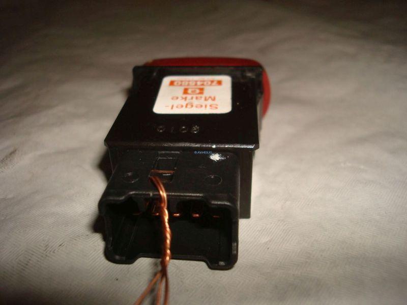 Schalter Warnblinker SUZUKI BALENO KOMBI 1.6 GLX 4WD