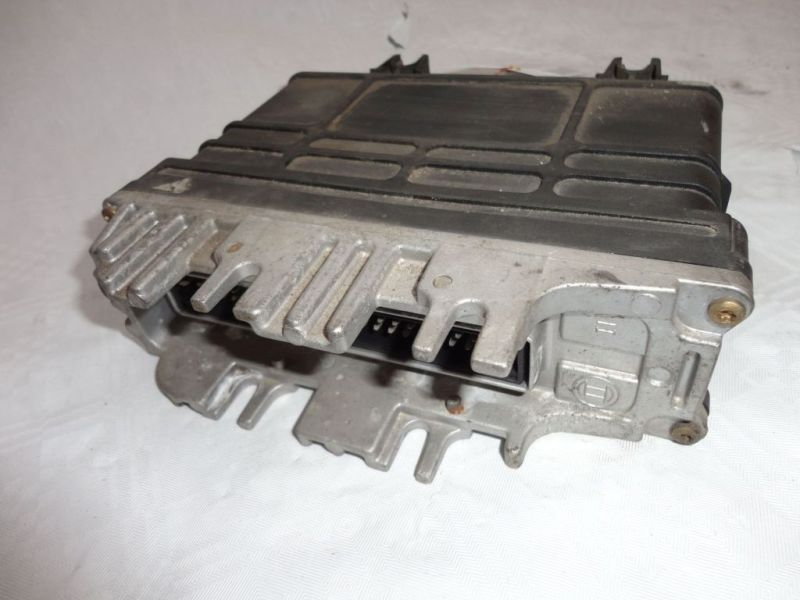 Steuergerät Motor SEAT CORDOBA (6K1, 6K2) 1.4I