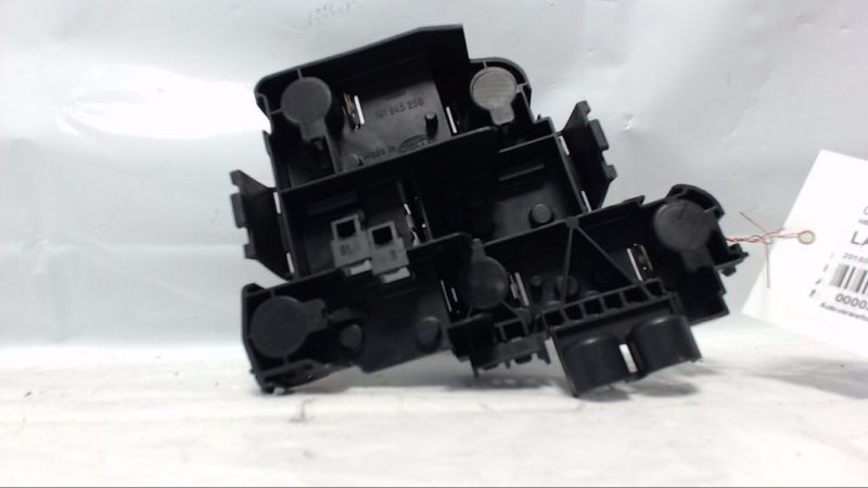 Lampenträger Heckleuchte rechts VW GOLF GL
