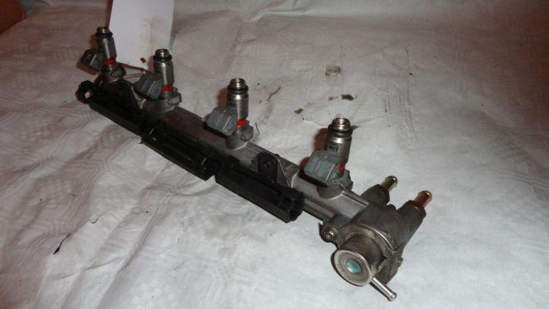 Einspritzanlage Benzin Einspritzeinheit Einspritzleiste mit DüsenVW GOLF
