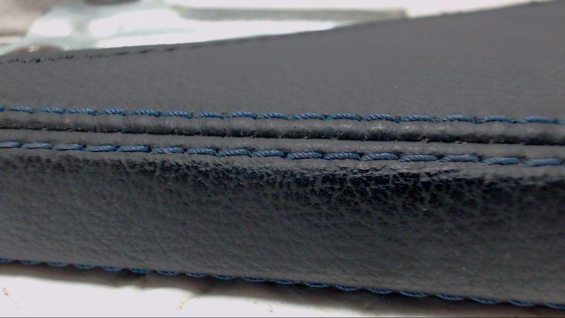 Handbremshebel mit blauer NahtVW GOLF IV (1J1) 1.4 16V