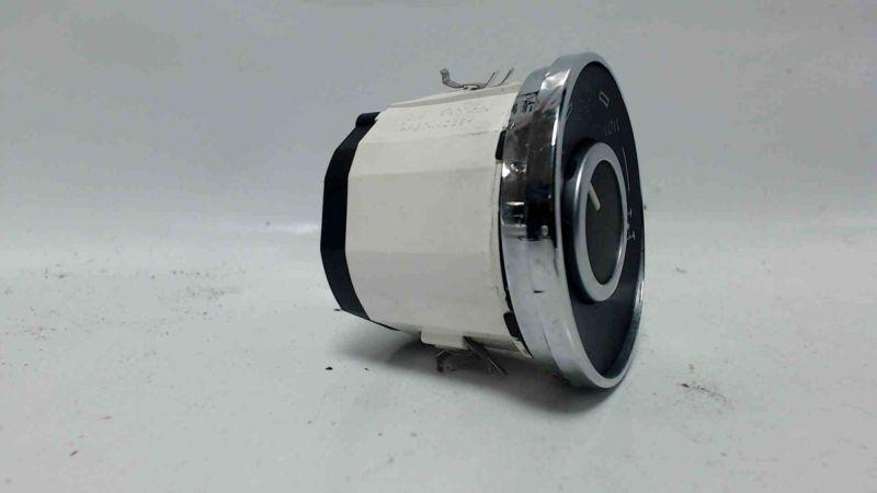Schalter DifferentialsperreVW TOUAREG (7LA, 7L6, 7L7) 2.5 R5 TDI