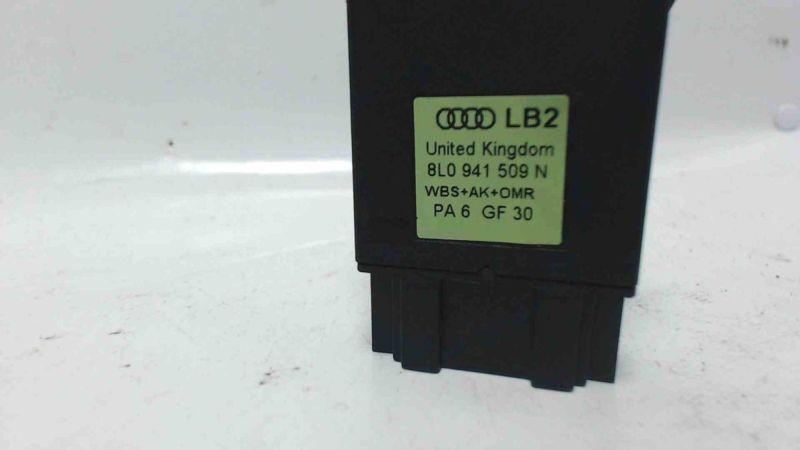Schalter Warnblinker WarnblinkschalterAUDI A3 (8L1) 1.9 TDI