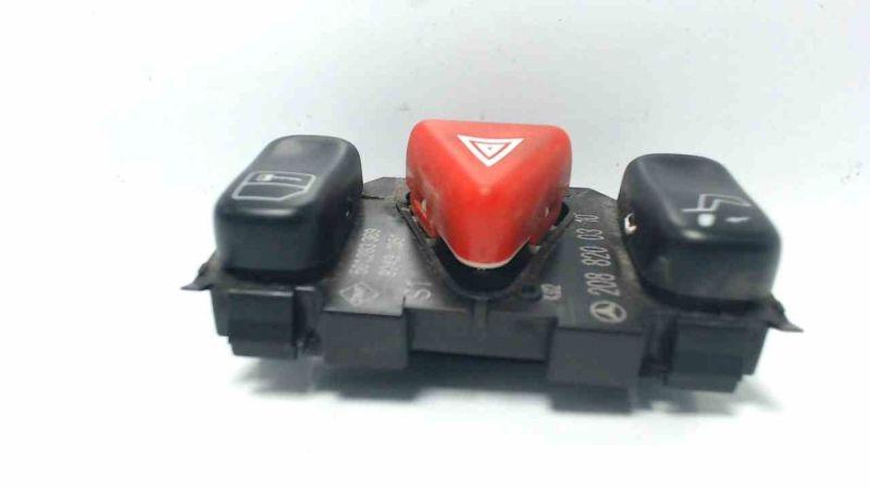 Schalter Warnblinker Kopfstütze ZVMERCEDES-BENZ C-KLASSE (W202) C 200 CDI