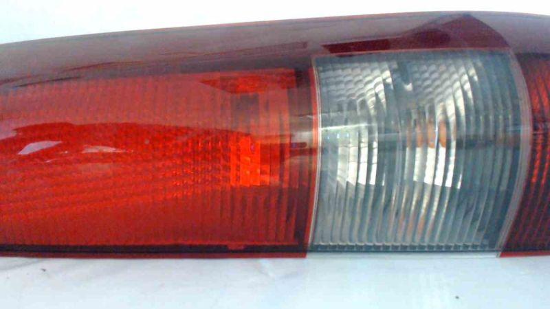 Rückleuchte rechts mit Lampentrger - Gebrauchspuren KratzerMERCEDES-BENZ VANEO (414) 1.7 CDI