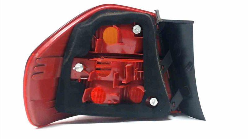 Heckleuchte Rücklicht aussen rechts ohne ElektrikBMW 3 (E90) 316I