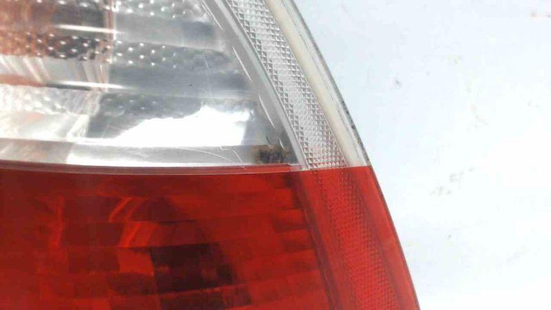Rückleuchte aussen rechts mit LampenträgerBMW 3 TOURING (E46) 320D