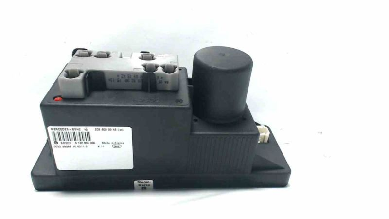Zentralverriegelungspumpe MERCEDES-BENZ C-KLASSE (W202) C 180